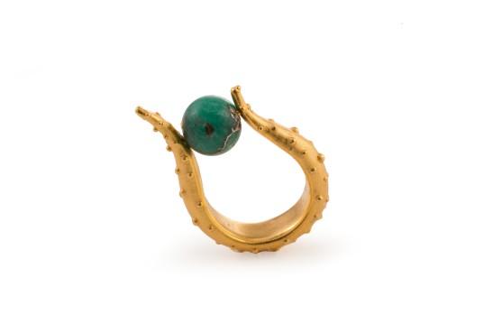 Suzy Ring